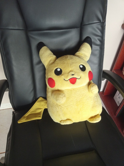 Pelúcia Pokemon Pikachu Gigante Takara Tomy Japan Original