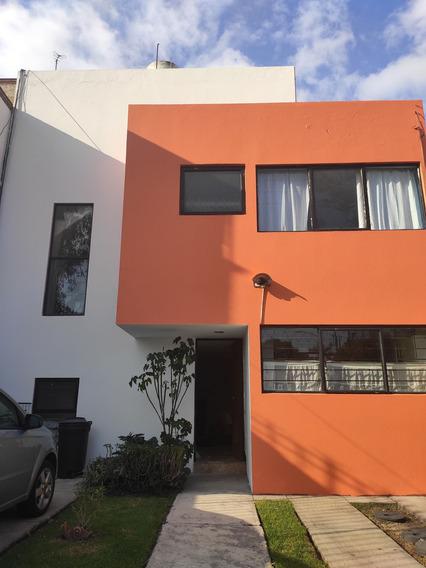 Bonita Casa De 3 Recamaras Con Jardin Y Chimenea Y Palapa