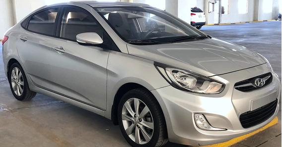 Hyundai Accent 2015 Gris Plata Full