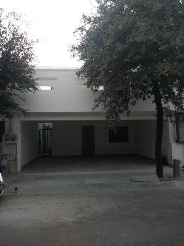 348190-casa En Venta En Mitras Poniente