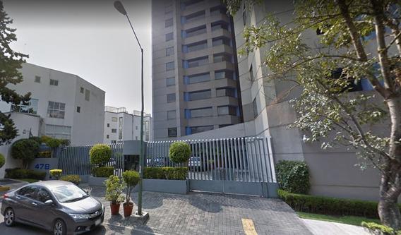 Departamento En Venta En Col. Fuentes Del Pedregal
