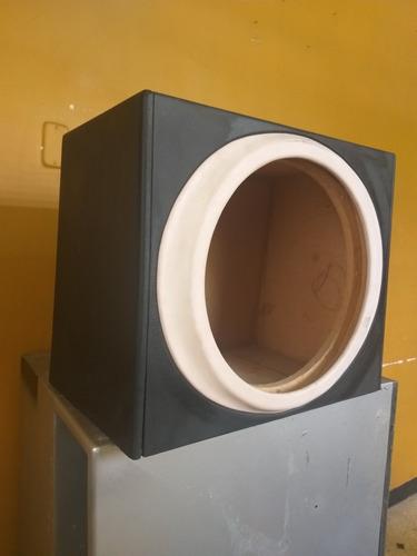Imagen 1 de 3 de Caja Acústica O Cajón Para Bajos De 15 Pulgadas