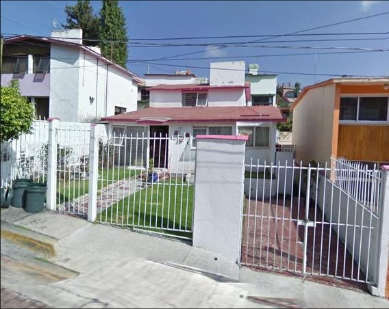 Remate Casa De 3 Recamaras En Jardines De San Mateo