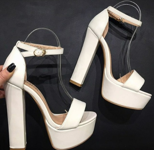 Sapatos Femininos Sandálias Plataforma Courino