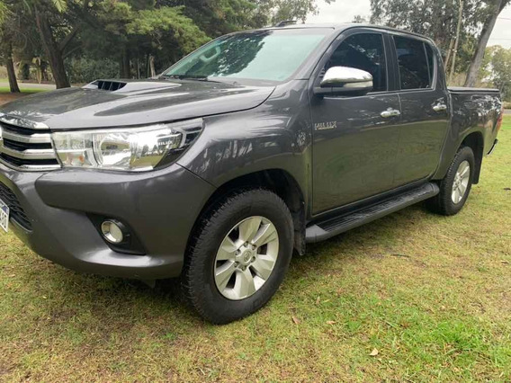 Toyota Hilux 3.0 Cd Srv Limited Tdi 171cv 4x4 2016