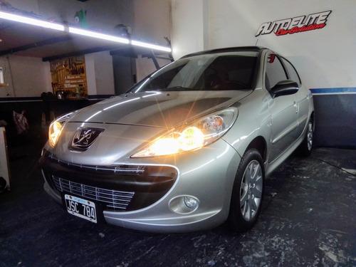 Peugeot 207 Compact Xt 1.9d 5p