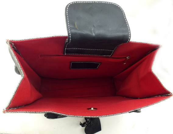 Bolsa De Mão Média Cinza Escura Com Fundo Vermelho B5811