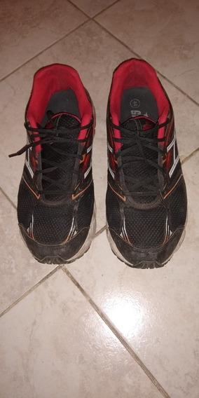 Zapatillas Gaelle Talle 44 Negras Y Rojas En Muy Buen Estado