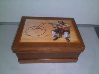 Caja Artesanal De Madera Gaucho