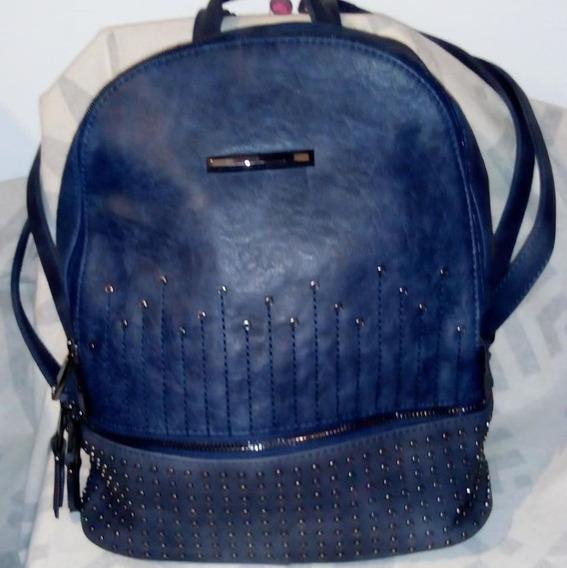 Mochila Bag Stage Color Azul En Símil Cuero Con Tachas
