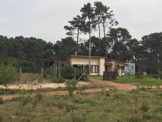 Terreno En Parque Burnet Parada32 La Mansa .financia