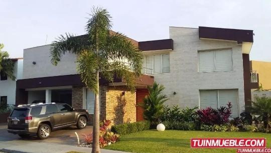 Quinta Hermosa Y Lujosa En Venta 04144445658