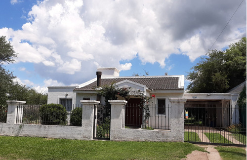 Hermosa Casa En El Talar De Mendiolaza