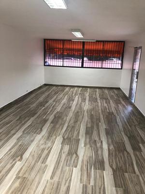 Venta O Alquiler Local Para Oficina En Av Lincoln, Serrallés