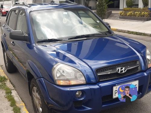 Hyundai  Tucson  Gl 4x2 Tiptronic Ac