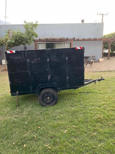 Carretinha Para Transportar 16 Cachorros Separados.