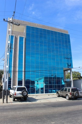 Oficina En Av. Bolívar, Valencia