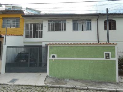 Casa Duplex, 4 Cômodos, 2 Banheiros, 3 Vagas, 289m2, Resende
