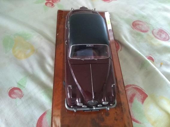Miniatura 1:18 Jaguar Mark Ii