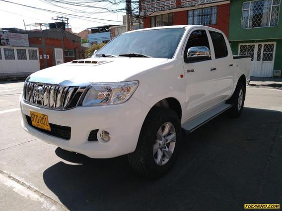 Toyota Hilux Doble Cabina 2.5 4x4