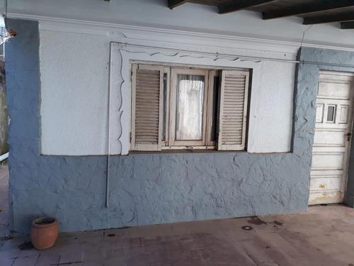 Imagen 1 de 12 de Depto Tipo Casa En El Barrio El Zorzal
