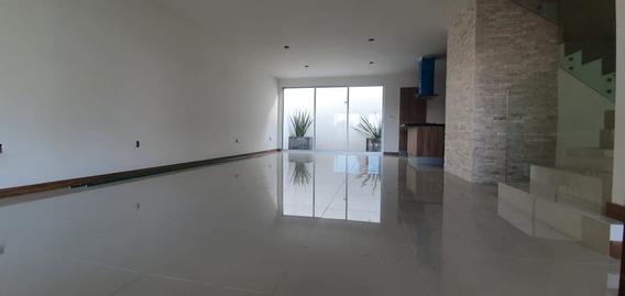 Hermosa Residencia Moderna En Valle Del Sol