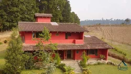 Extraordinaria Casa Campestre En Renta Valle.
