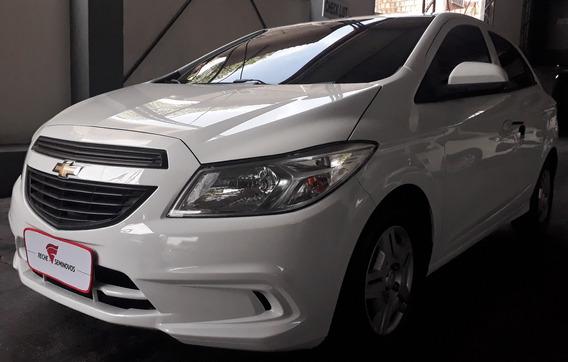 Chevrolet Onix Joy 1.0 8v Flex 4p
