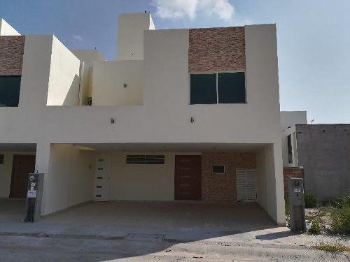 Casa Sola En Venta En Capulines, San Luis Potosí, San Luis Potosí