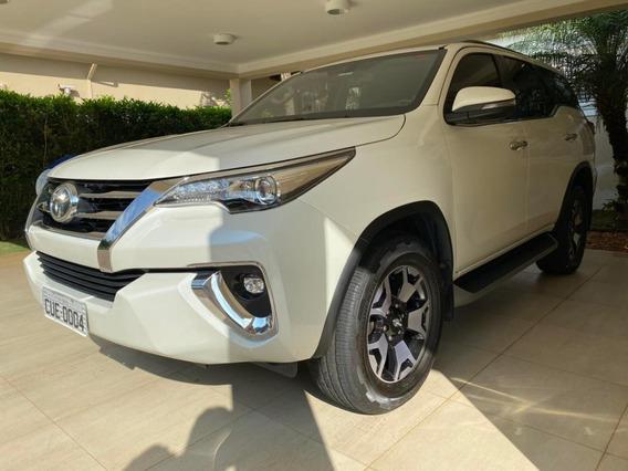 Toyota Hilux 2.8 Sw4 4x4 Diesel 7 Lugar Automático 2017/2018