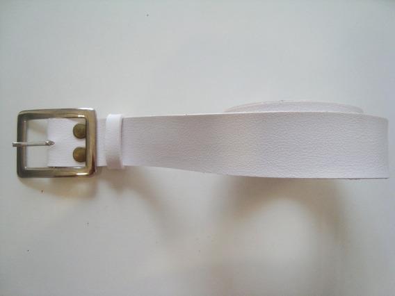 Cinto Branco Plus Size - 150cm Compr. - Sintético