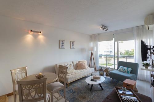 Apartamento En Venta En La Zona De Aidy Grill - Ref: 374