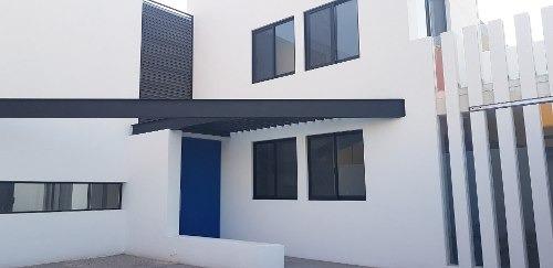 Casa En Venta, Privada Juriquilla Rcv190508-nv
