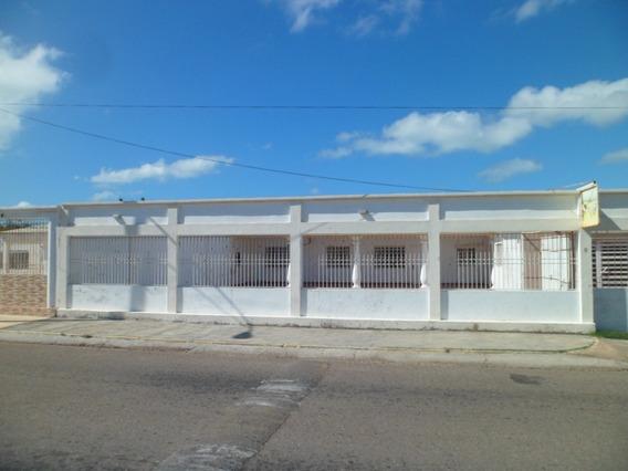 Casa De Maraven