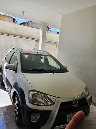 Toyota Etios Cross 2014 1.5 16v 5p
