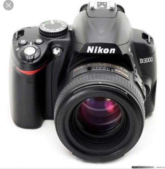 Câmera Nikon D3000 Com 2 Lentes , 200x55mm E 18x55mm .