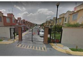 Venta De Casa En Conjunto Habitacional Las Americas Ecatepec