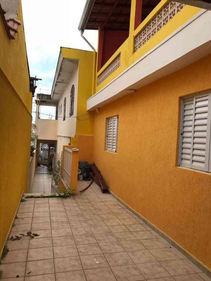 Sobrado - Penha - Com 3 Dormitórios, Sala, Cozinha - 1355