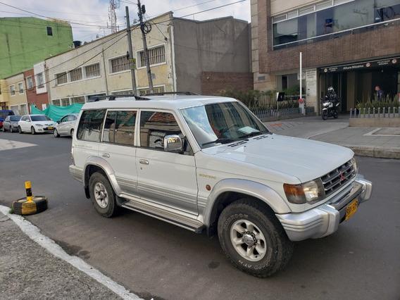 Mitsubishi Montero En Excelente Estado