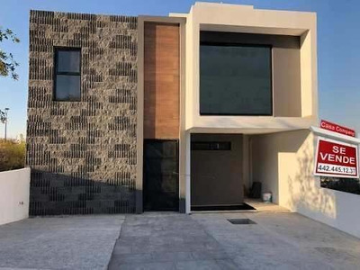 Preciosa Residencia En Zibata, 3 Habitaciones, Roof Garden, Sala Tv, Jardín..
