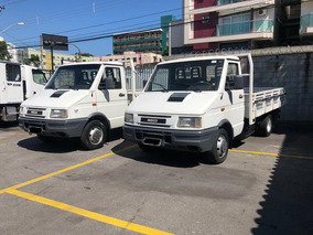 Caminhão Iveco 3510 Com Carroceria