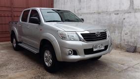 Toyota Hilux Sr 4x4 2014