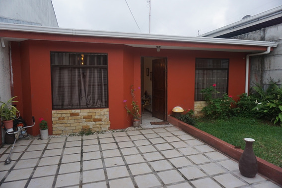 Casa Acogedora Con Gran Espacio Y Vista