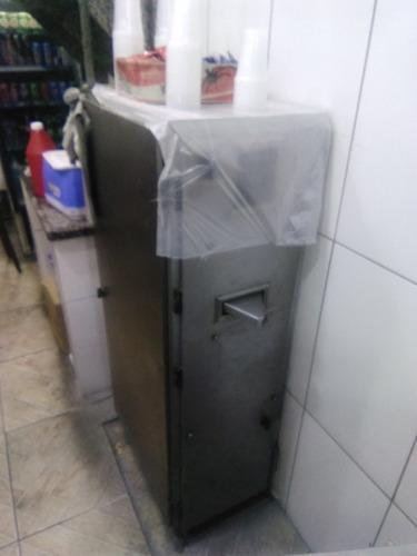 Imagem 1 de 4 de Máquina De Fazer Caldo De Cana