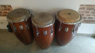 Trío De Tambores De Percusión. Quinto, Conga Y Tumbadora