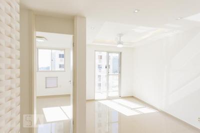 Apartamento No 5º Andar Com 2 Dormitórios E 1 Garagem - Id: 892932643 - 232643