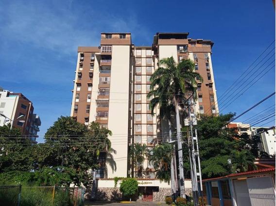 Apartamento En Alquiler El Bosque Gleidy Uribe 04123110892
