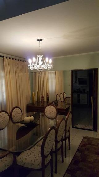 Sobrado Em Vila Dos Remédios, Osasco/sp De 243m² 3 Quartos À Venda Por R$ 750.000,00 - So203219