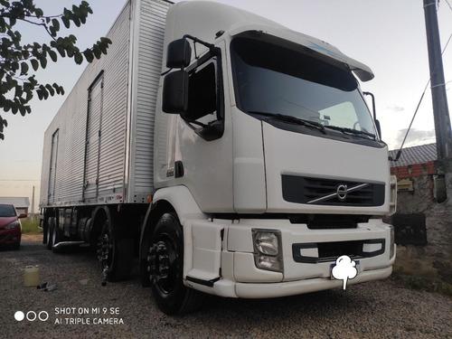 Imagem 1 de 7 de Vm Volvo Bi Truck Bau - Trabalhando Agregado