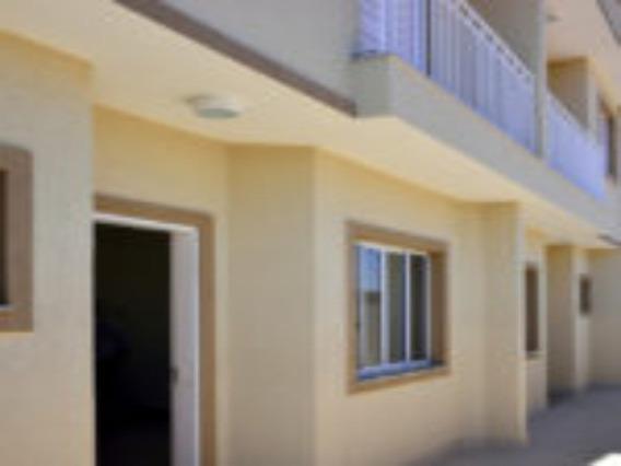 Casa A Venda, 3 Dormitorios, 1 Vaga De Garagem, Condominio Fechado - Cc00071 - 33880004